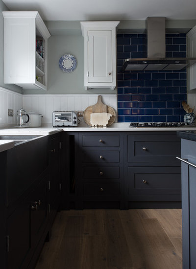 Traditional Kitchen by The Shaker Kitchen Company