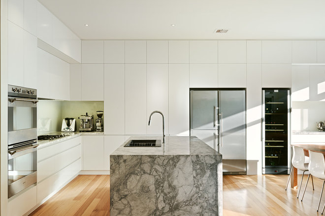 Contemporary Kitchen by Cathi Colla Architects