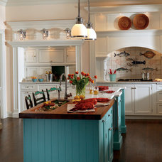 Traditional Kitchen by Plain & Fancy Custom Cabinetry