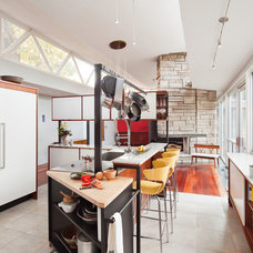 Midcentury Kitchen by Ennis Nehez