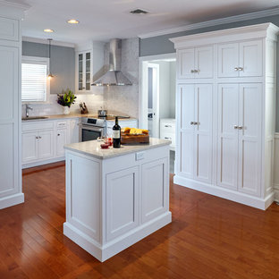 75 Beautiful Small Craftsman Kitchen Pictures Ideas January 2021 Houzz