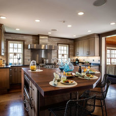 Farmhouse Kitchen by Mother Hubbard's Custom Cabinetry