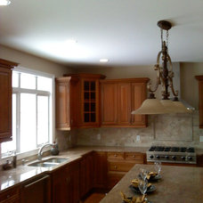 Traditional Kitchen by Moritz Construction Inc.