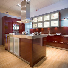 Contemporary Kitchen Hgh Gloss Ruby Fitted Ktichen