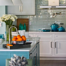 Contemporary Kitchen by Woodworks Cabinetry Inc.