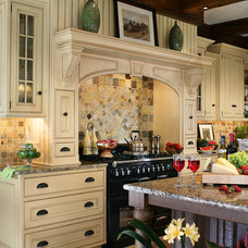 Traditional Kitchen by Hiland Hall Turner Architects, P.A.