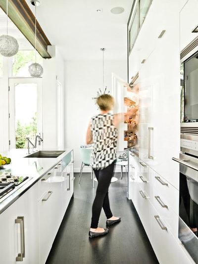 Contemporaneo Cucina by Mark Hickman Homes