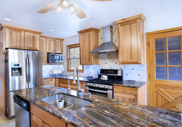 Traditional Kitchen by UB Kitchens - San Antonio