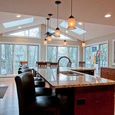 Traditional Kitchen by Redstart Construction Inc.