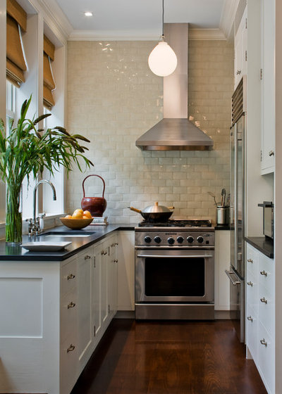 Transitional Kitchen by Kevin Dakan Architect