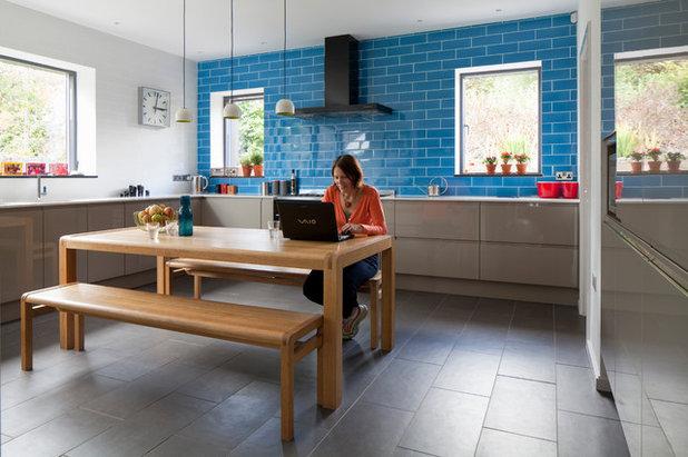 Contemporary Kitchen by van Ellen + Sheryn Architects