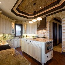 Mediterranean Kitchen by Marazul Building Company