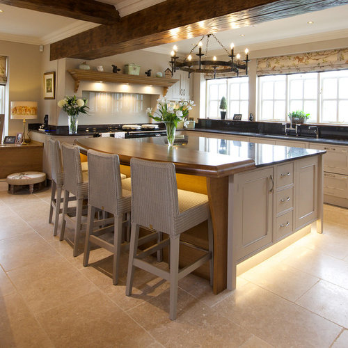 Country United Kingdom Kitchen Design Ideas, Renovations