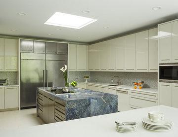 High Gloss Northbrook Kitchen