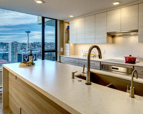 Kitchen Design Ideas Renovations Photos With Beige Splashback And Cork Flooring