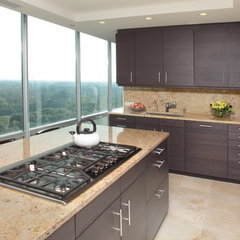 modern kitchen by Michael Menn Ltd.