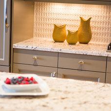 Modern Kitchen by Alexis Solomon Design Studio