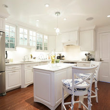 Traditional Kitchen by Dovetail Builders Inc.