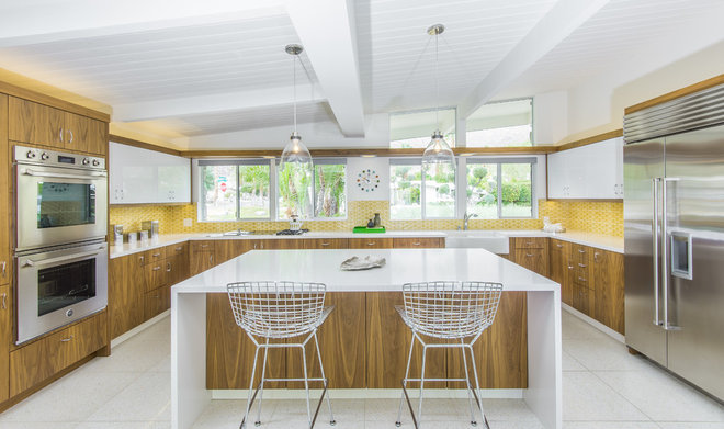 Midcentury Kitchen by KBC of Palm Springs
