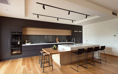 Modular vs Carpenter-Made Kitchen: Which Is Right for Your Home?