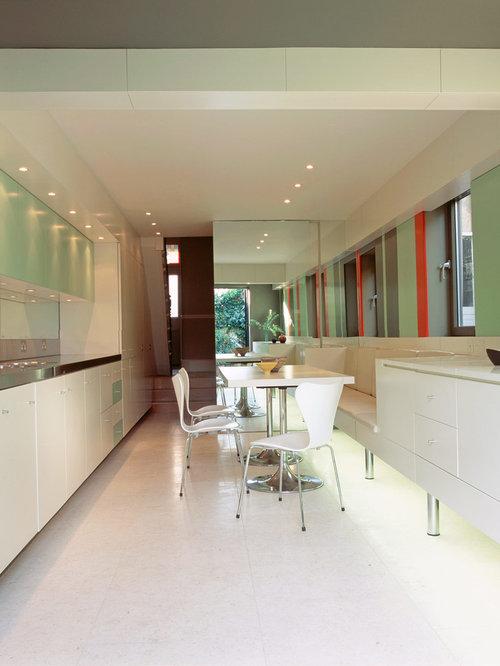 k che mit r ckwand aus spiegelfliesen und edelstahl. Black Bedroom Furniture Sets. Home Design Ideas