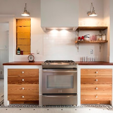 Eclectic Kitchen by Davenport Building Solutions