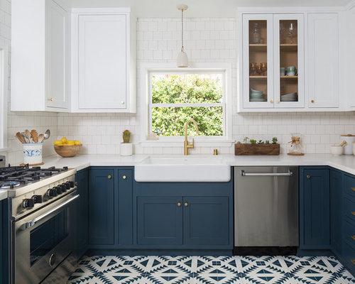 Cucina a u con pavimento con cementine foto e idee per