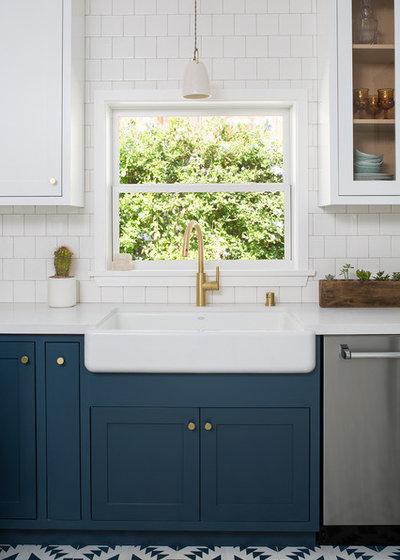 Craftsman Kitchen by Kelly Martin Interiors