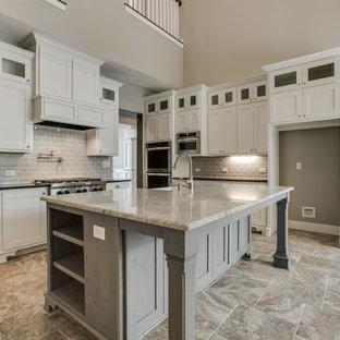 Craftsman kitchen photos - Arts and crafts kitchen photo in Austin