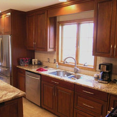 Traditional Kitchen by LarzCabinet