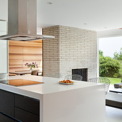 modern kitchen by Jeff Jordan Architects LLC