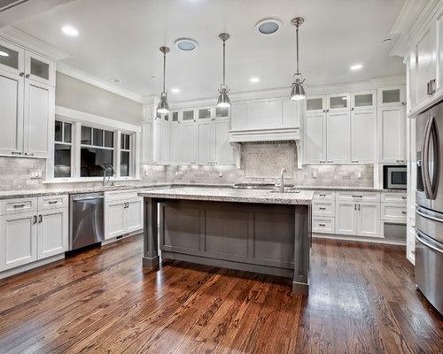 Craftsman kitchen design ideas remodel pictures houzz for Craftsman style kitchen flooring