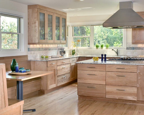 Natural birch cabinet houzz for Birch kitchen cabinets review