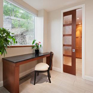 Hillside Home - Kitchen