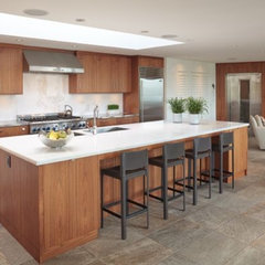 contemporary kitchen by Paula Arsens Kitchen Design