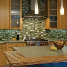 Modern Kitchen by Banducci Associates Architects, Inc.
