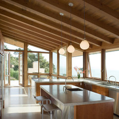 modern kitchen by Sutton Suzuki Architects