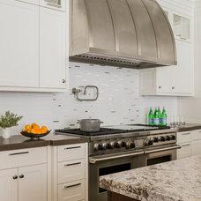 Contemporary Kitchen by LDa Architecture & Interiors