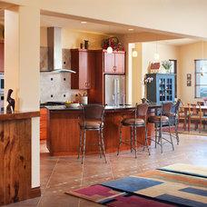 Contemporary Kitchen by AlphaStudio Design Group