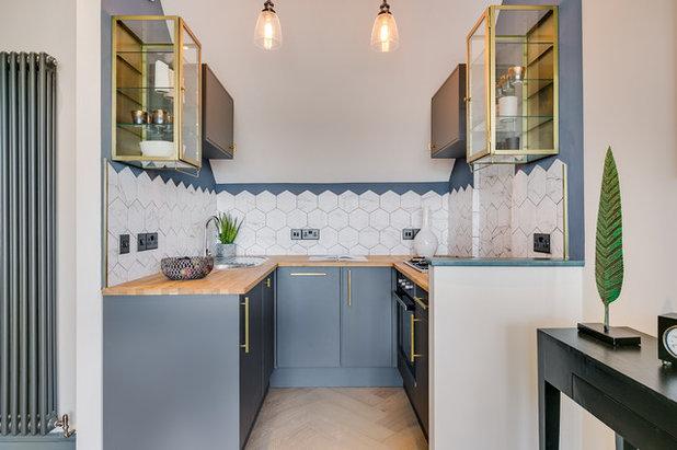 Современный Кухня by Oakman Architecture Limited