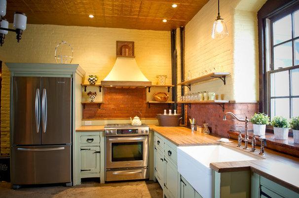 Traditional Kitchen by Janiczek Homes