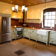 Traditional Kitchen by Janiczek Homes