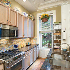 Traditional Kitchen by Tobin + Parnes Design Enterprises