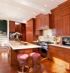 traditional kitchen by Elizabeth Taich Design