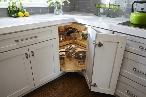 Transitional Kitchen by CliqStudios