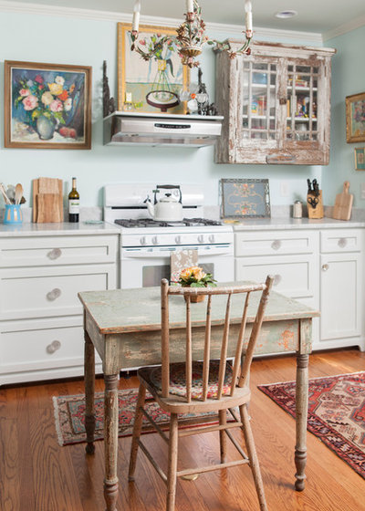 Vintage Furniture for Real Kitchen Appeal
