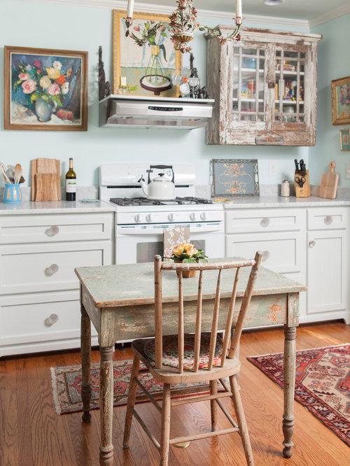 shabby chic style k chen mit schrankfronten mit vertiefter. Black Bedroom Furniture Sets. Home Design Ideas
