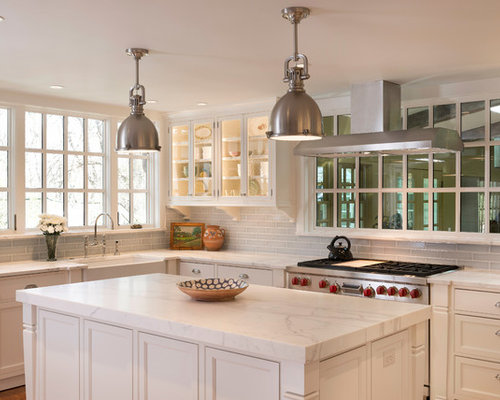 screws for kitchen cabinets farmhouse kitchen design ideas amp remodel pictures houzz 5089