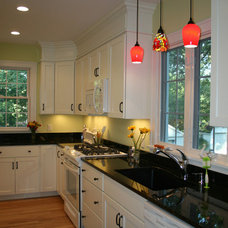Traditional Kitchen by Agape Construction