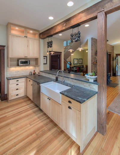 Good Transitional Kitchen by HighCraft Builders
